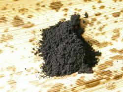 スクラブ材として配合した15ミクロンの竹炭粉