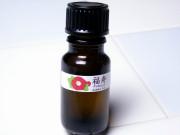 髪に艶と潤いを与えてくれる椿油「福寿」
